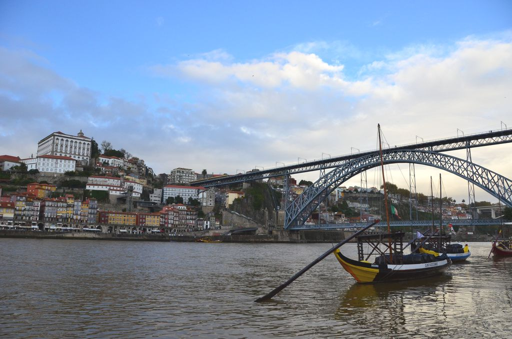 Photo of Ponte Dom Luis Bridge in Porto, Portugal