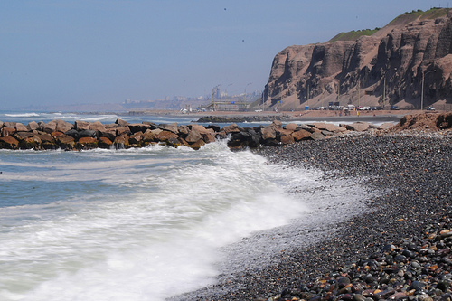 The dramatic scenery of Costa Verde in Lima, Perú is what steals the show