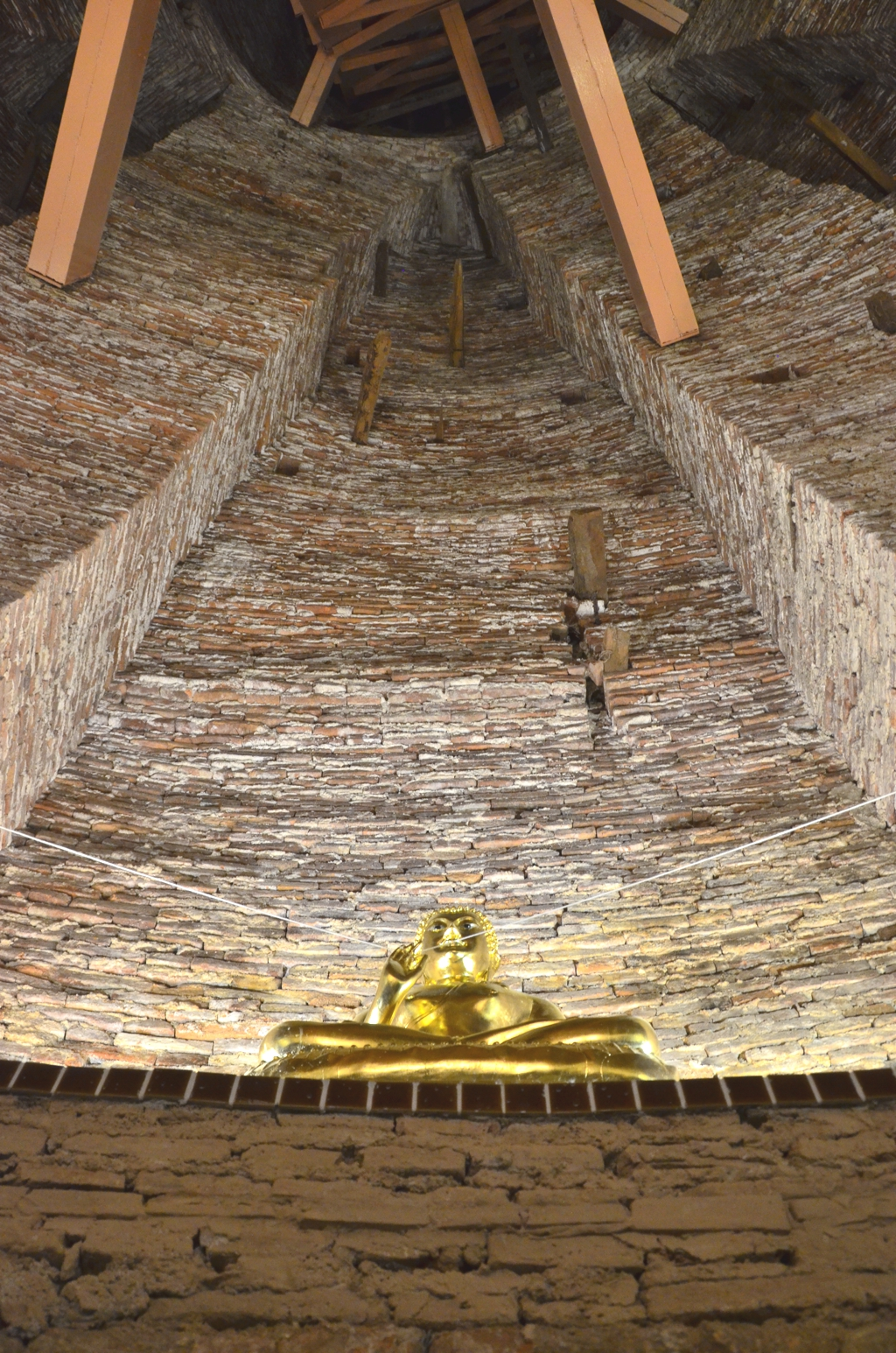 The Buddha image inside the spira of Wat Prayun