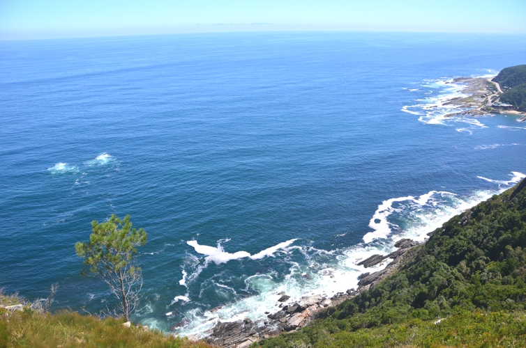 The de-facto end of the Garden Route is where the Storms River empties into the Indian Ocean