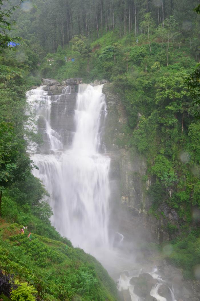 Ramboda-Falls-Sri-Lanka