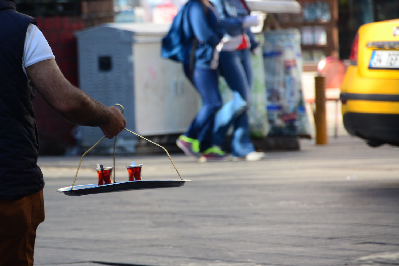 Tea service in Istanbul