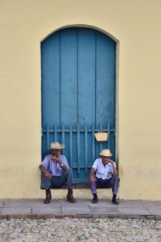Cuba travel pictures cigar smoking