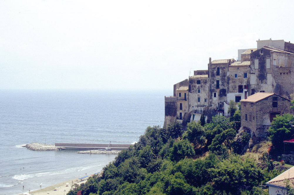 4 Great Beaches Close to Rome