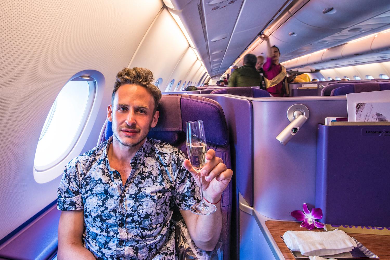 Robert Schrader in Thai Airways Business Class
