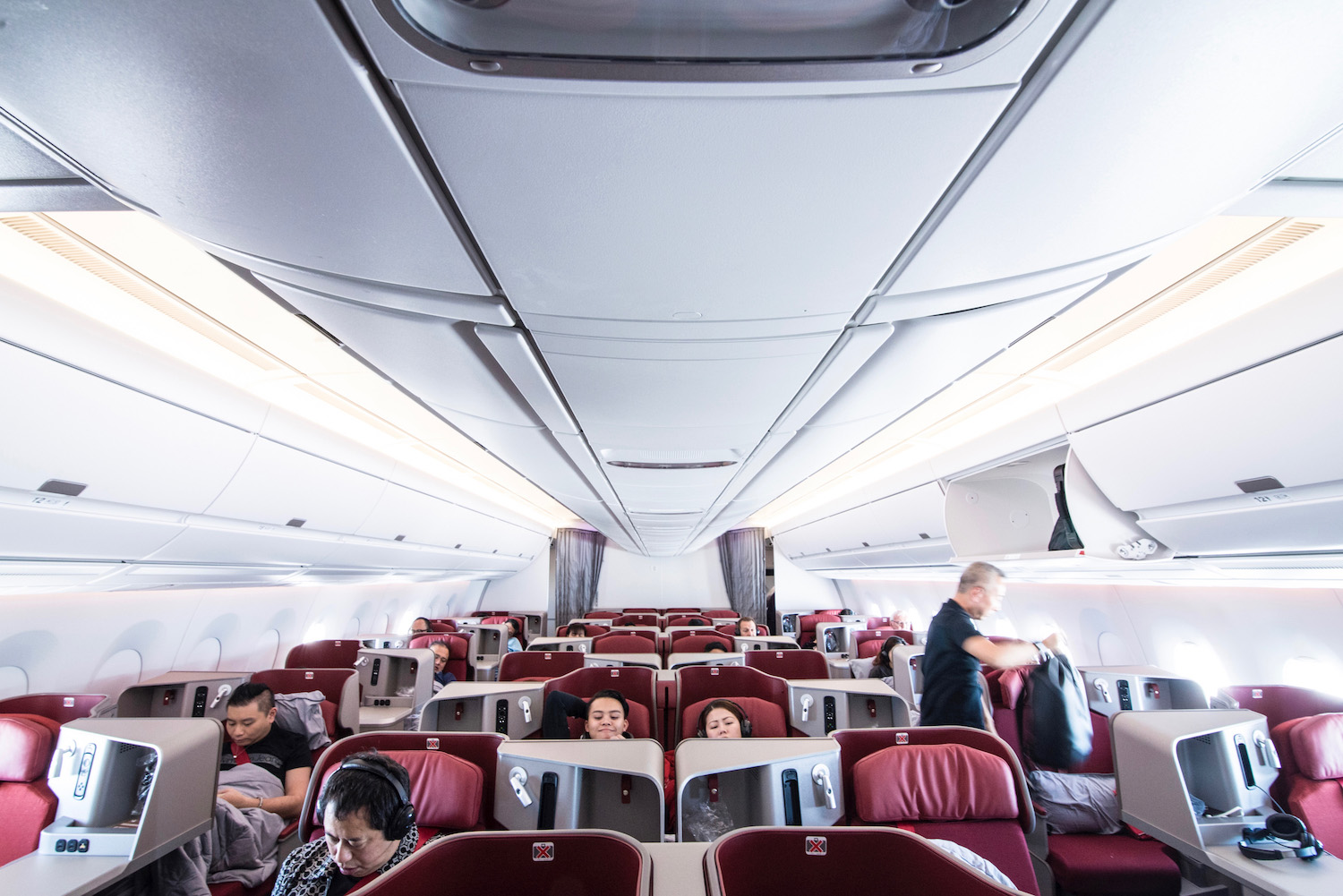 What is the Best Airline to Fly to Japan in Business Class?