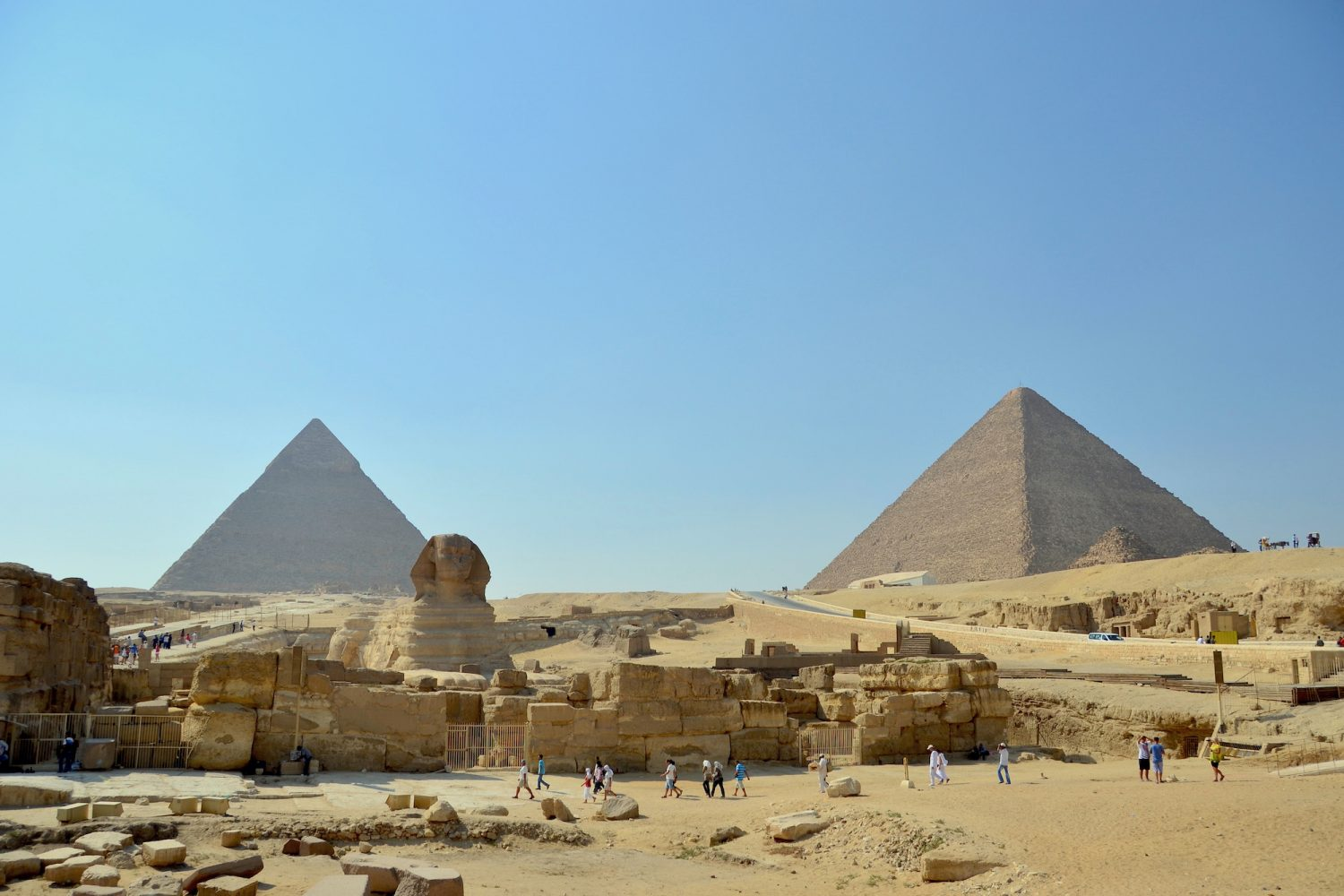 How to Visit the Pyramids from Cairo